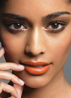 Tom de batom laranja ideal para cada tipo de pele