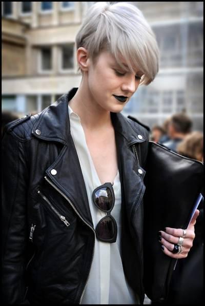 Ideias de maquiagens com batom preto