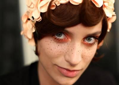 Como fazer maquiagem para festa junina com sardinhas