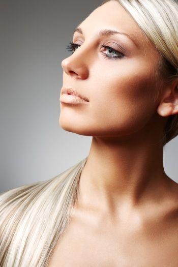 maquiagem para afinar o rosto redondo