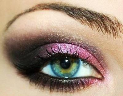 Como fazer maquiagem rosa com preto para noite