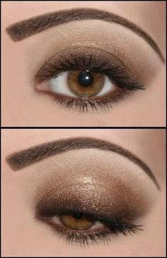 Ideias de maquiagem para usar com vestido dourado