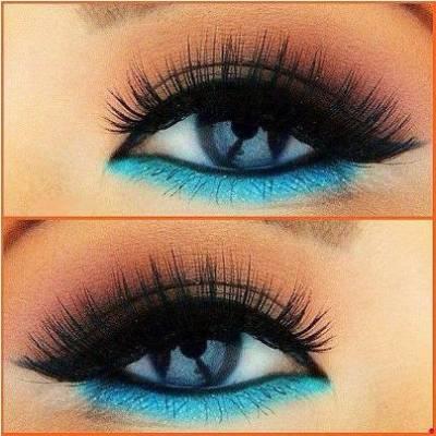 Como usar delineador azul com preto