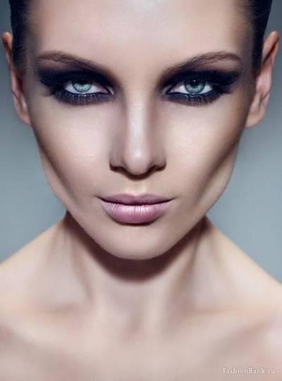 como fazer maquiagem para afinar o rosto