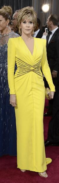 maquiagem com vestido amarelo