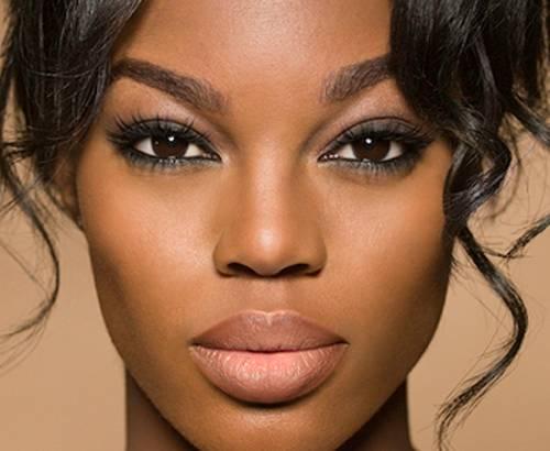 dicas de maquiagem para quem tem olhos grandes passo a passo