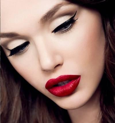 Fotos de maquiagens estilo pin up simples