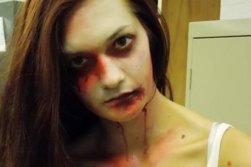 como fazer maquiagem de zumbi para festa de halloween