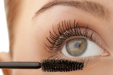 71131bdf9 Maquiagem para Aumentar os Olhos  Truques e Dicas!