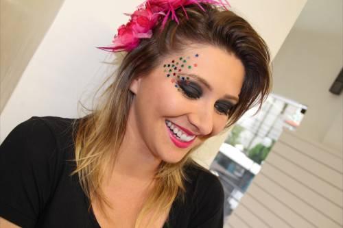 Como fazer maquiagem artística para carnaval