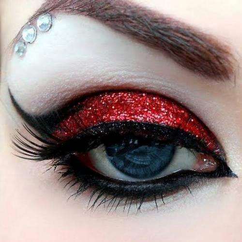 maquiagem de vampira para festa a fantasia