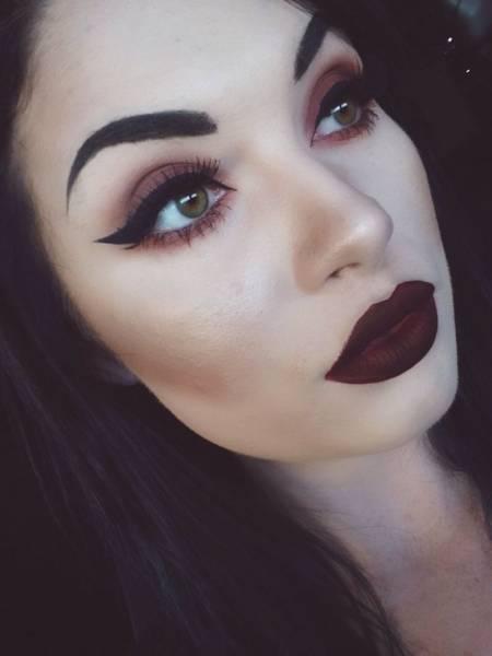 Maquiagem simples de bruxa