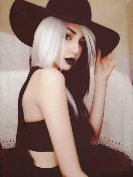 roupa, cabelo e maquiagem de bruxa