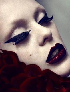 maquiagem de bruxa moderna