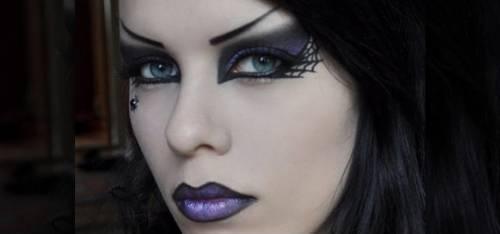foto de maquiagem de bruxa com teia