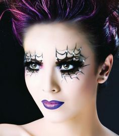 Maquiagem de bruxa com teia de aranha