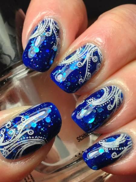 unha decorada azul royal modelos