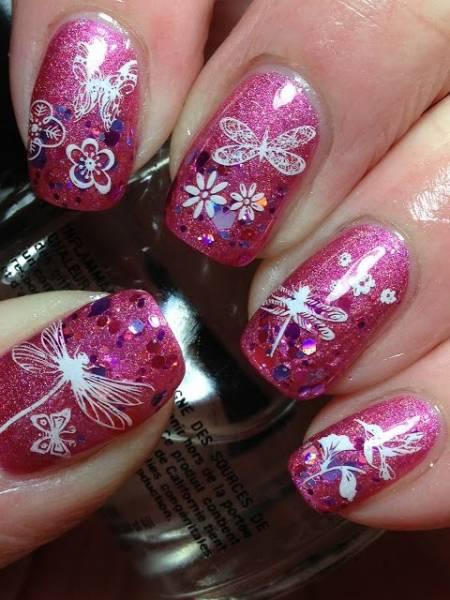 unha decorada de borboleta e flor pink