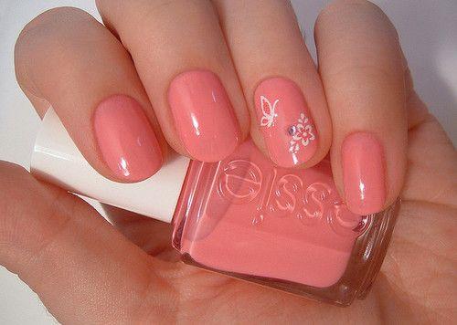 nail art simples de borboleta e flor